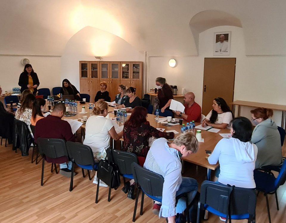 Foto zo stretnutia: Podpora multiinštitucionálneho partnerstva v Banskobystrickom regióne (NP PERD)